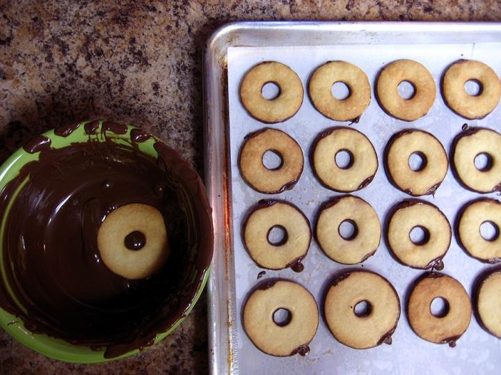 Dipped Cookies1