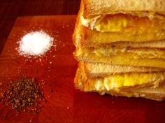summertime fried egg sandwich