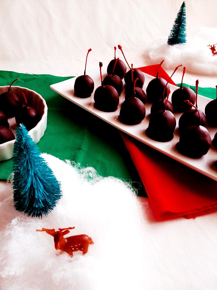 dark chocolate cordialcherries
